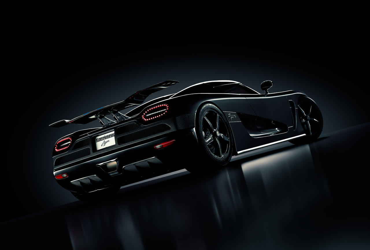 Koenigsegg black